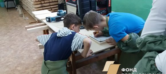 Обучение домовой резьбе первые шаги 3 вырезаем простые фигуры 2